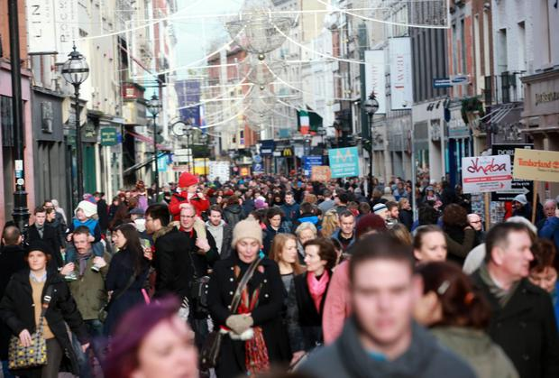 Shoppers will splash out more than €5m every hour as retailers enjoy the busiest festive period for seven years