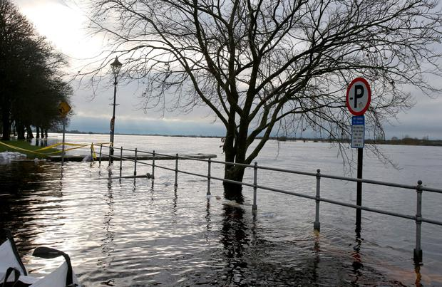Roads are impassable around Athlone, Co. Westmeath due to the flooding of the Shannon River, extra flood barriers has been installed around the town ahead of Storm Frank Picture: Hany Marzouk