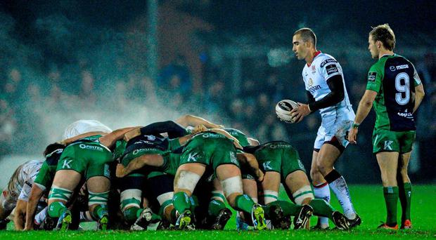 Ulster scrum-half Ruan Pienaar prepares to put in to a scrum during Ulster's last-gasp win over Connacht at the Sportsground. Photo: David Maher / Sportsfile