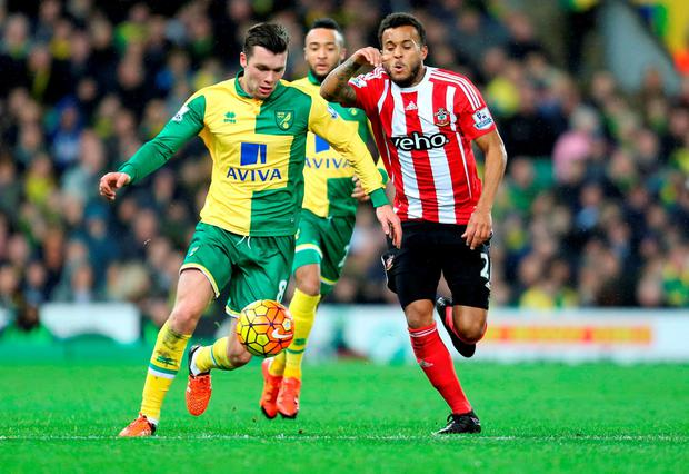 Norwich City's Jonny Howson tries to pull away from Southampton's Ryan Bertrand Photo: Chris Radburn/PA Wire