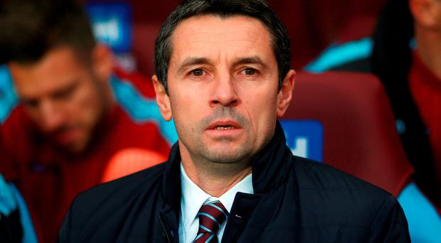 File photo dated 26-12-2015 of Aston Villa manager Remi Garde PRESS ASSOCIATION Photo. Issue date: Saturday January 02, 2016. Remi Garde insists he will stay at Aston Villa even if they are relegated. See PA story SOCCER Villa. Photo credit should read David Davies/PA Wire.
