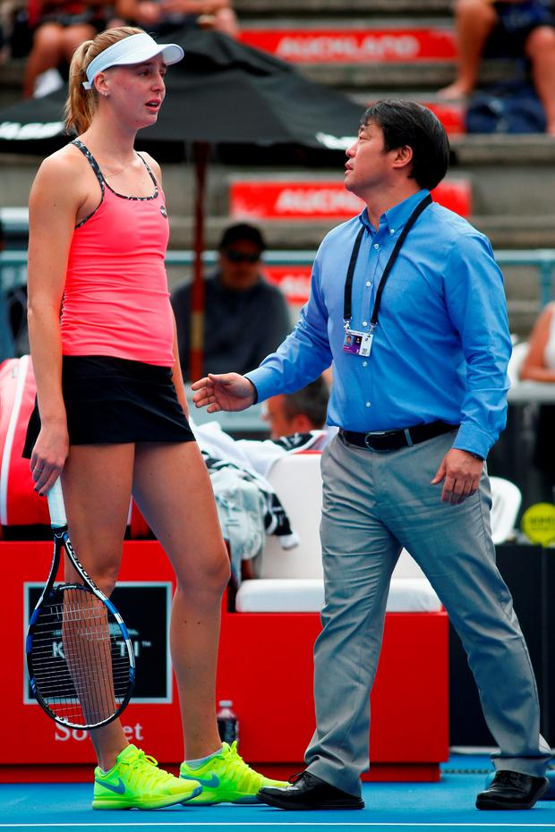 Naomi Broady of Great Britain speaks with WTA Supervisor Tony Cho following an incident during her singles match against Jelena Ostapenko of Latvia during day three of the 2016 ASB Classic at ASB Tennis Arena on January 6, 2016 in Auckland, New Zealand. (Photo by Phil Walter/Getty Images)