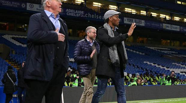 Didier Drogba, Roman Abramovich and Guus Hiddink at Stamford Bridge. Getty Images