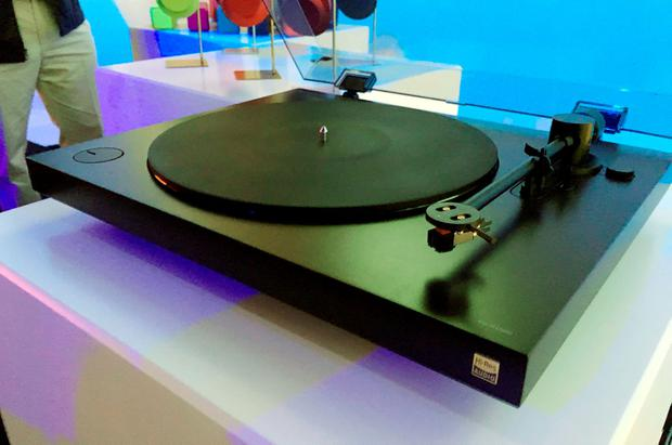 Sony's new turntable - PS-HX500 which goes on sale in April and will cost £400 - and not only plays vinyl, but can also record and then upscale the audio into high-definition sound for users to listen to elsewhere, which has been unveiled ahead of the opening of the worldÕs biggest technology show, hosted in Las Vegas. PRESS ASSOCIATION Photo. Picture date: Tuesday January 5, 2016. See PA story TECHNOLOGY CES. Photo credit should read: Martyn Landi/PA Wire