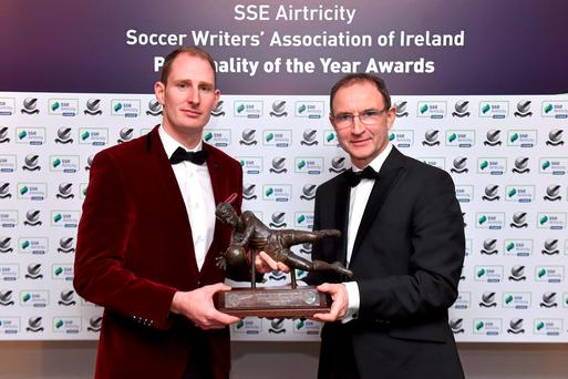 Dundalk's Gary Rogers receives the 2015 'goalkeeper of the year' award from Ireland manager Martin O'Neill at last night's SSE Airtricity Soccer Writers' Association of Ireland Awards. Picture credit: Matt Browne / Sportsfile