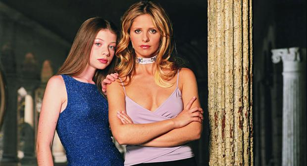 Michelle Trachtenberg as Dawn with Sarah Michelle Gellar in Buffy The Vampire Slayer