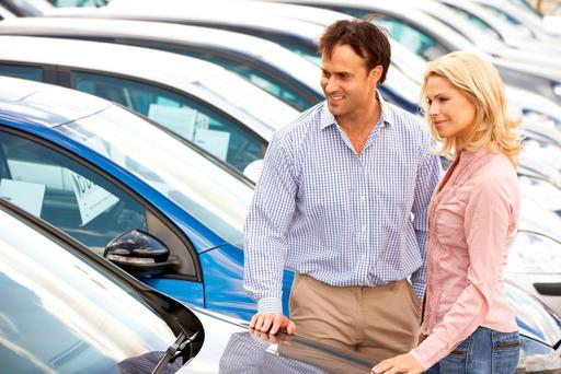 Our experts offer advice to help you with your car purchase.