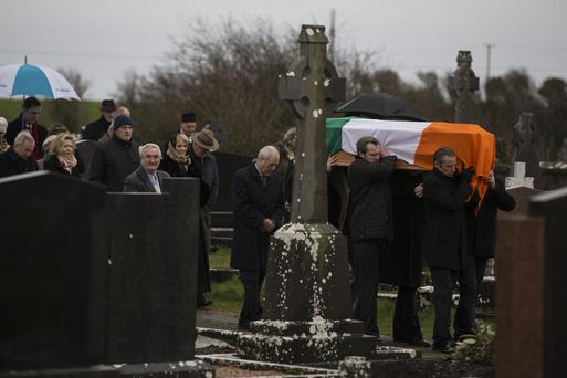 The remains of Pj Mara are brought for burial at Mount Cross Cemeterery, Kinvara, Co Galway. Pic:Mark Condren