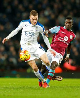 Leicester's Jamie Vardy in action against Aston Villa's Idrissa Gueye. Photo: Action Images via Reuters / Carl Recine.