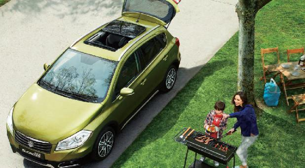 sx4-scross-sunroof-picnic