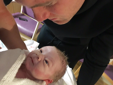 Wayne Rooney meets Kit for the first time. Photo: Twitter/ @WayneRooney