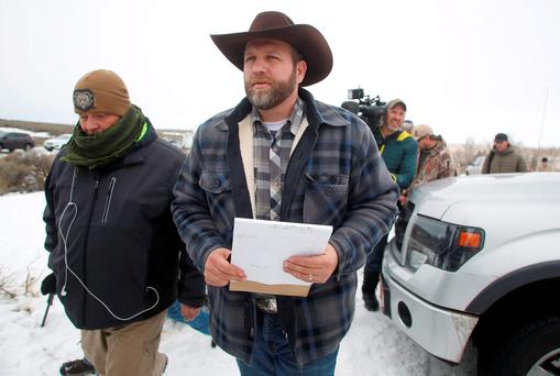 Ammon Bundy arrives to address the media at the Malheur National Wildlife Refuge near Burns, Oregon in this January 5, 2016 file photo. Ammon Bundy, the leader of an armed occupation at a wildlife refuge in Oregon and several of his companions were arrested by federal authorities on Tuesday, CNN reported