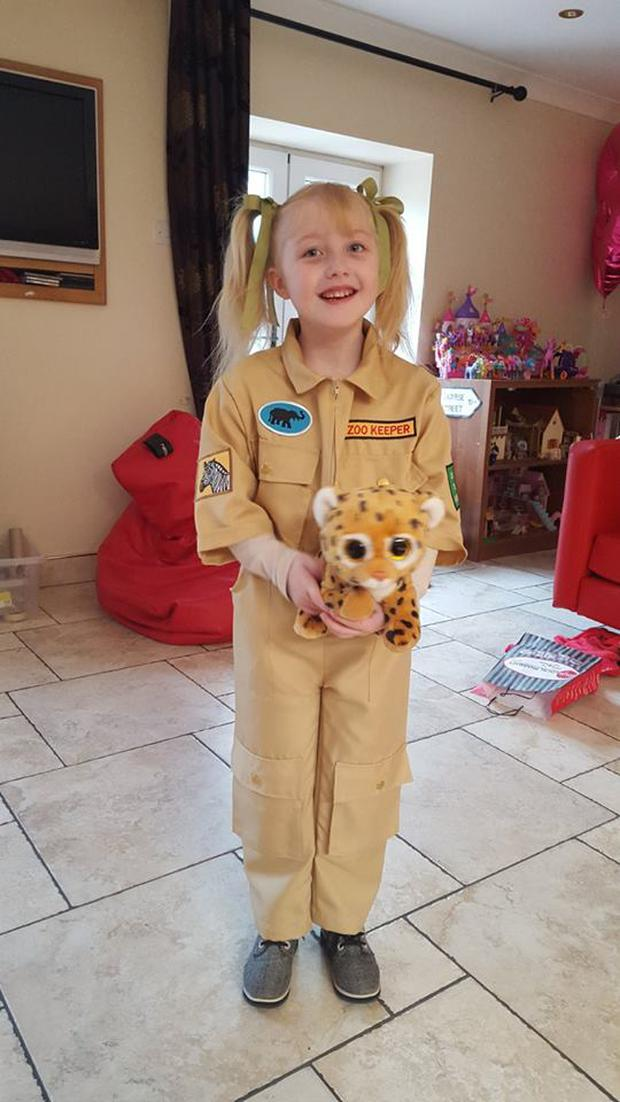 Saoirse Brophy donned a zookeeper jumpsuit to spend the day at Dublin Zoo thanks to Make a Wish