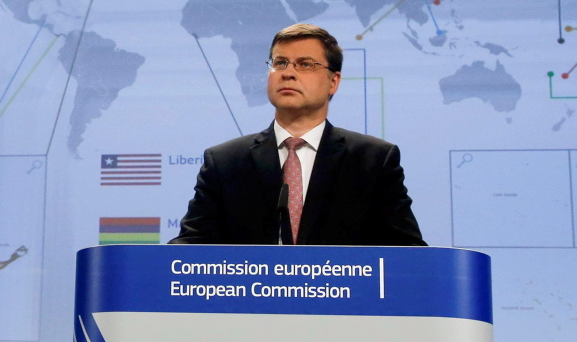"""The Commission's vice-president in charge of tax, Valdis Dombrovskis, said yesterday that the EU had to be """"more ambitious and go beyond the OECD initiative"""" given the scale of corporate tax avoidance in Europe. REUTERS/Olivier Hoslet/Pool"""