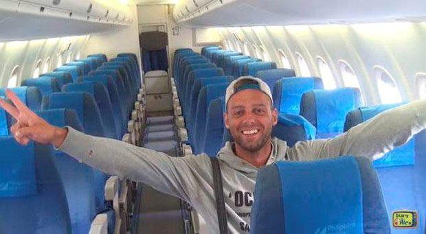 Alex Simon was the only passenger on a Philippines Airlines flight from Manila to Boracay Youtube/Diary of Alex