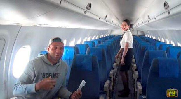 Two flight attendants and two pilots accompanied Alex Simon, the only passenger on the flight