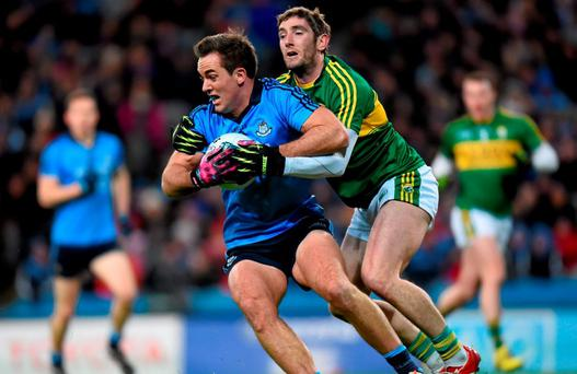 Tomás Brady, Dublin, in action against Killian Young, Kerry. Allianz Football League, Division 1, Round 1, Dublin v Kerry. Croke Park, Dublin. Picture credit: Stephen McCarthy / SPORTSFILE