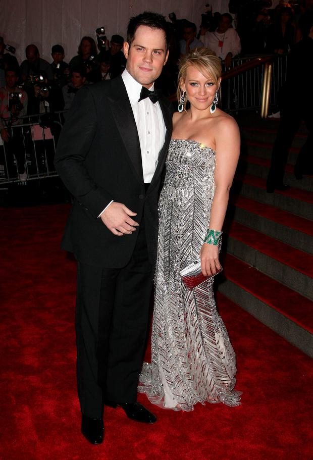 Athlete Mike Comrie and singer Hilary Duff arrives to the Metropolitan Museum of Art Costume Institute Gala, Superheroes: Fashion and Fantasy, held at the Metropolitan Museum of Art on May 5, 2008 in New York City. (Photo by Andrew H. Walker/Getty Images)