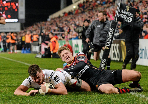 Sean Reidy goes over for his sides first try (SPORTSFILE)