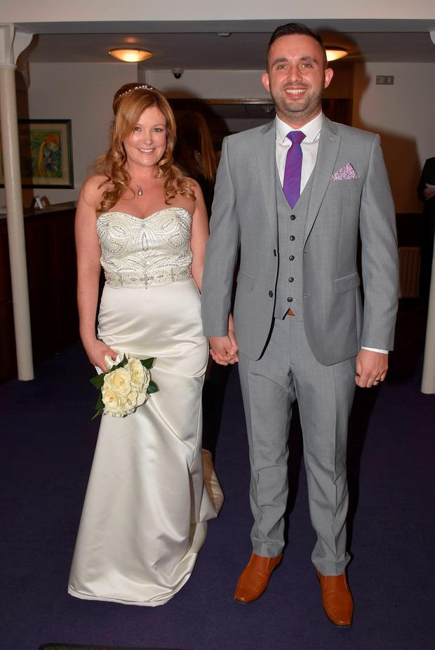 Radio presenter Nikki Hayes marries long-term love Frank Black at the Dublin Central Registry Office on Grand Canal Street. Picture: Cathal Burke / VIPIRELAND.COM