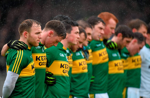 Darran O'Sullivan, left, and rest of the Kerry team stand together for the playing of the national anthem ahead of Sunday's defeat to Roscommon in Killarney. Photo: Diarmuid Greene/Sportsfile