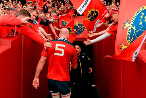 Munster fans applaud Paul O'Connell from Thomond Park for the last time. Photo: Sportsfile