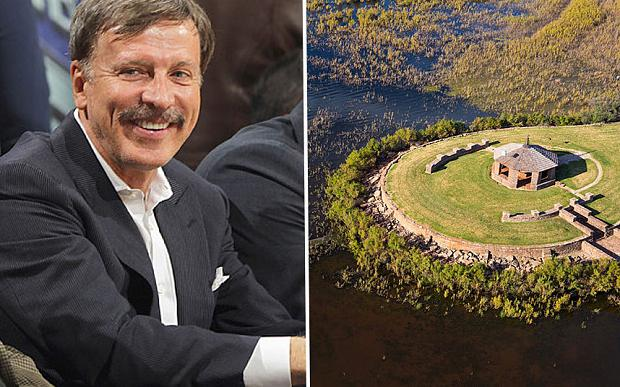 Stan Kroenke has spent a reported £500m on a luxury Texas ranch