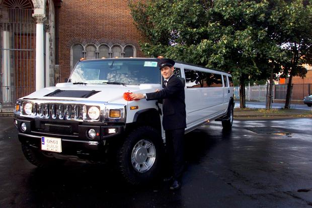 Hutch shows off his limo in 2005