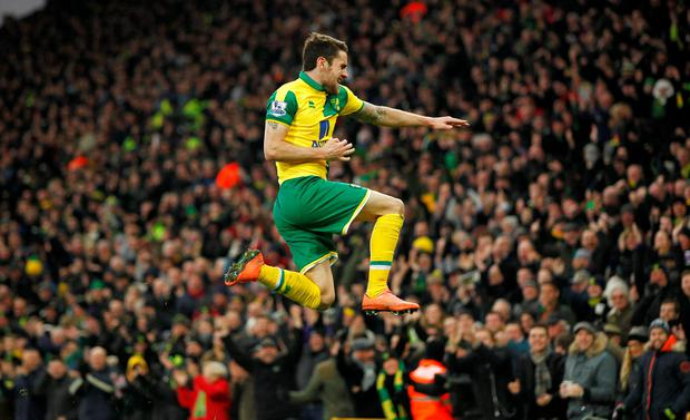 Robbie Brady celebrates scoring the first goal for Norwich City Action Images via Reuters / Ed Sykes
