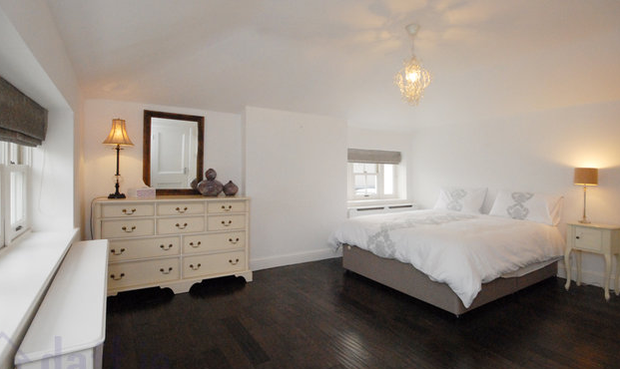 The master bedroom (with en suite). Photo: Daft.