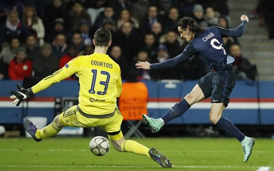 Edinson Cavani is a target for Chelsea