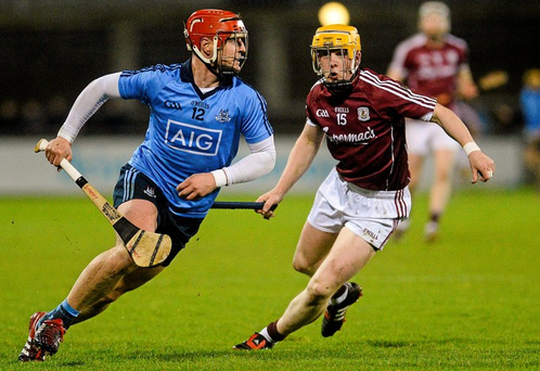 Dublin's David Treacy in action against Davy Glennon of Galway. Picture credit: Piaras Ó Mídheach / SPORTSFILE