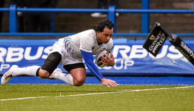 Leinster's Isa Nacewa runs in to score his sides first try of the match Cardiff. Photo: Stephen McCarthy / Sportsfile