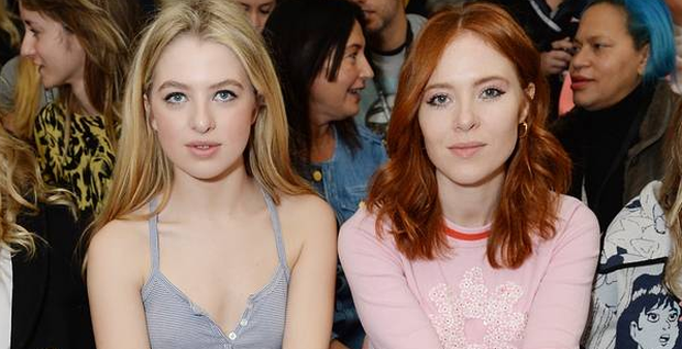 Anais Gallagher, (L) and Angela Scanlon attend the SIBLING show during London Fashion Week Autumn/Winter 2016/17 on February 20, 2016. (Photo by Samir Hussein/Getty Images)