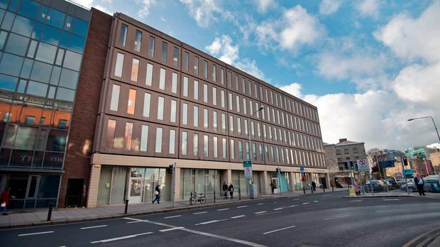 Trinity has won permission to tear down Oisin House in Dublin 2.