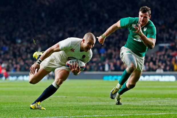 Mike Brown of England runs in their second try