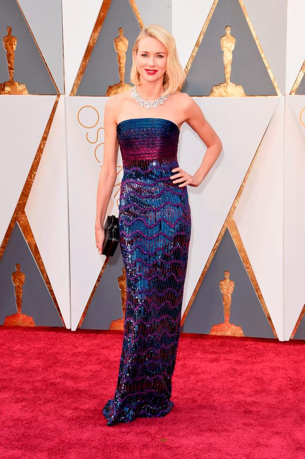 Actress Naomi Watts attends the 88th Annual Academy Awards at Hollywood & Highland Center on February 28, 2016 in Hollywood, California. (Photo by Jason Merritt/Getty Images)