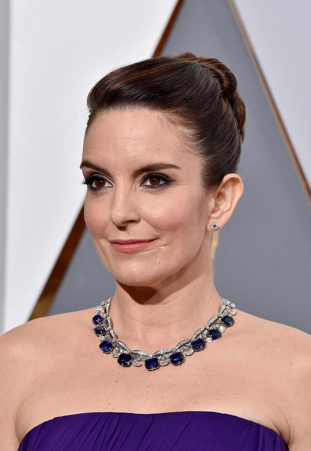 Tina Fey in Bulgari jewellery on the Oscars red carpet. (Photo by Kevork Djansezian/Getty Images)
