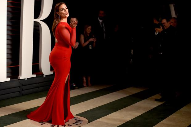 Model Ashley Graham attends the 2016 Vanity Fair Oscar Party Hosted By Graydon Carter at the Wallis Annenberg Center for the Performing Arts on February 28, 2016 in Beverly Hills, California. (Photo by Pascal Le Segretain/Getty Images)