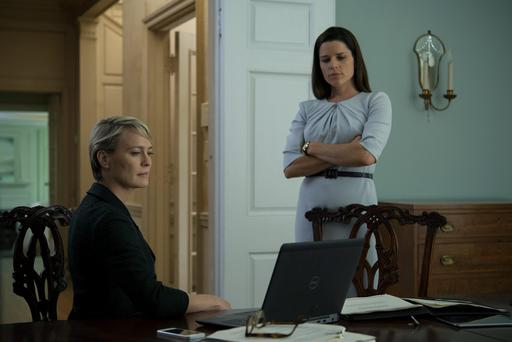 House of Cards - Neve Campbell makes her debut