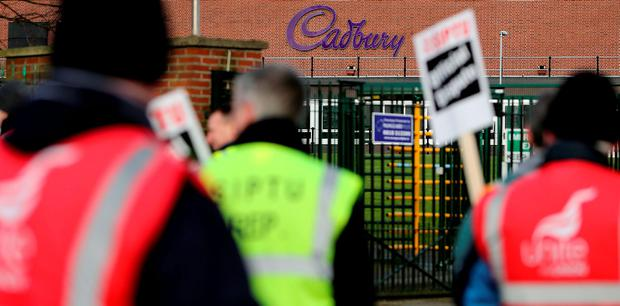 Workers picket the entrance to Cadburys factory in Coolock