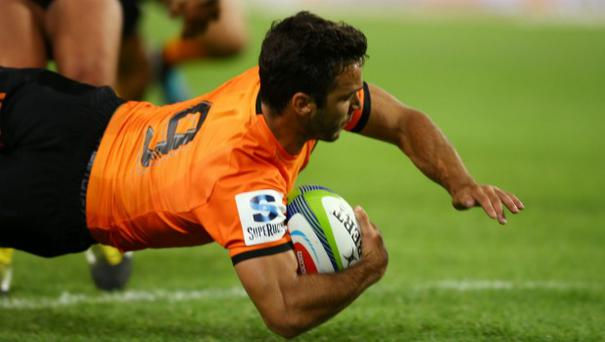 Martin Landajo of the Jaguares over for a try.