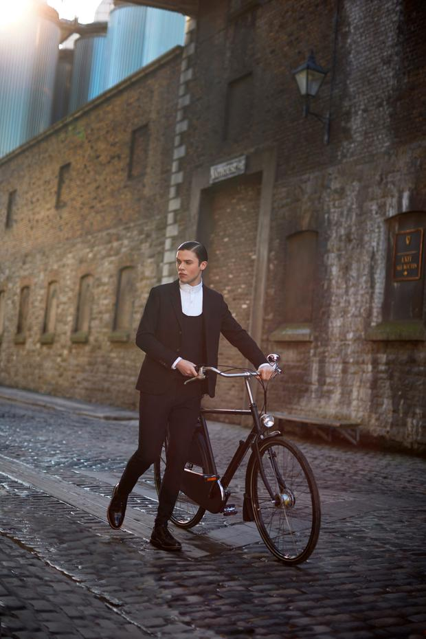 'The 1916 Cycle Suit'