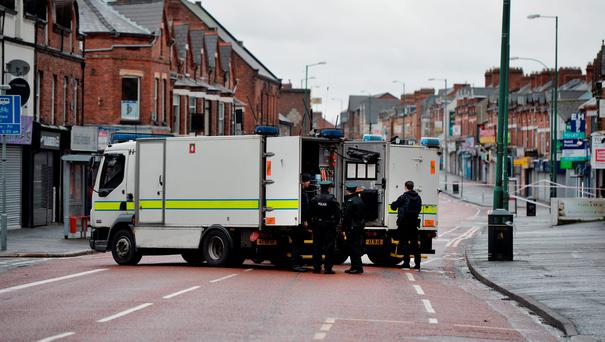 PSNI officers attend the scene following car bomb attack (Photo: Charles McQuillan/Getty Images)