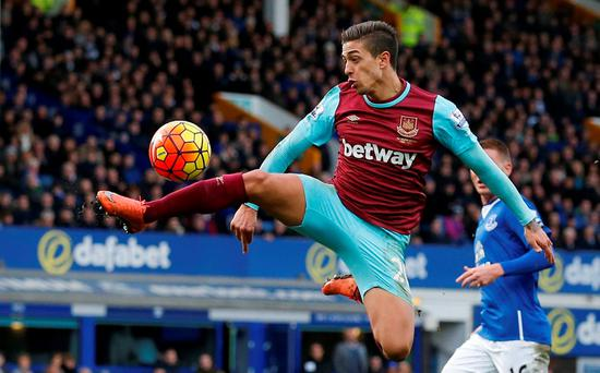 West Ham's Manuel Lanzini in action at Goodison Park. Photo: Phil Noble/Reuters
