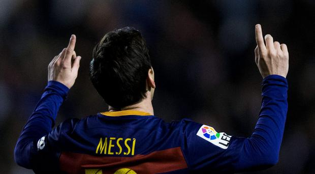 Lionel Messi of FC Barcelona celebrates scoring their second goal Photo: Gonzalo Arroyo Moreno/Getty Images