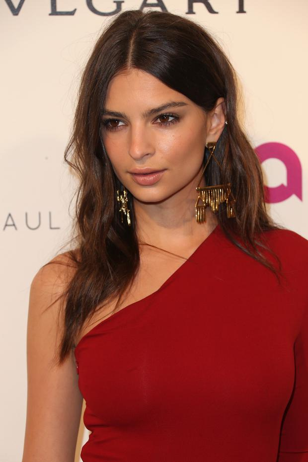 WEST HOLLYWOOD, CA - FEBRUARY 28: Model/actress Emily Ratajkowski attends the 24th Annual Elton John AIDS Foundation's Oscar Viewing Party on February 28, 2016 in West Hollywood, California. (Photo by Frederick M. Brown/Getty Images)