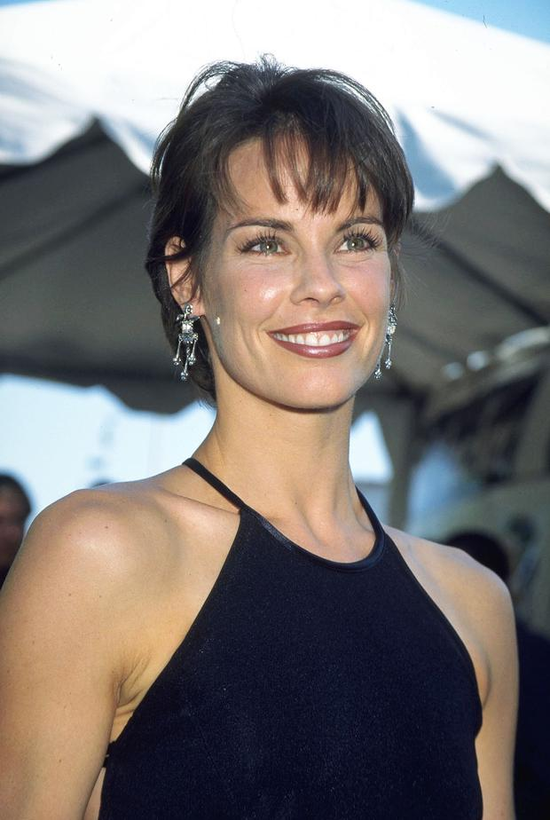 Alexandra Paul nudes (38 photos) Cleavage, Twitter, braless