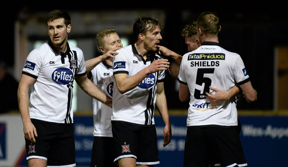 14 March 2016; David McMillan, centre, Dundalk, celebrates with team-mates after scoring his side's first goal. SSE Airtricity League Premier Division, Wexford Youths v Dundalk. Ferrycarrig Park, Wexford. Picture credit: Sam Barnes / SPORTSFILE