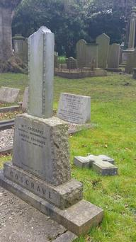 Grave of WT Cosgrave in Goldenbridge cemetery